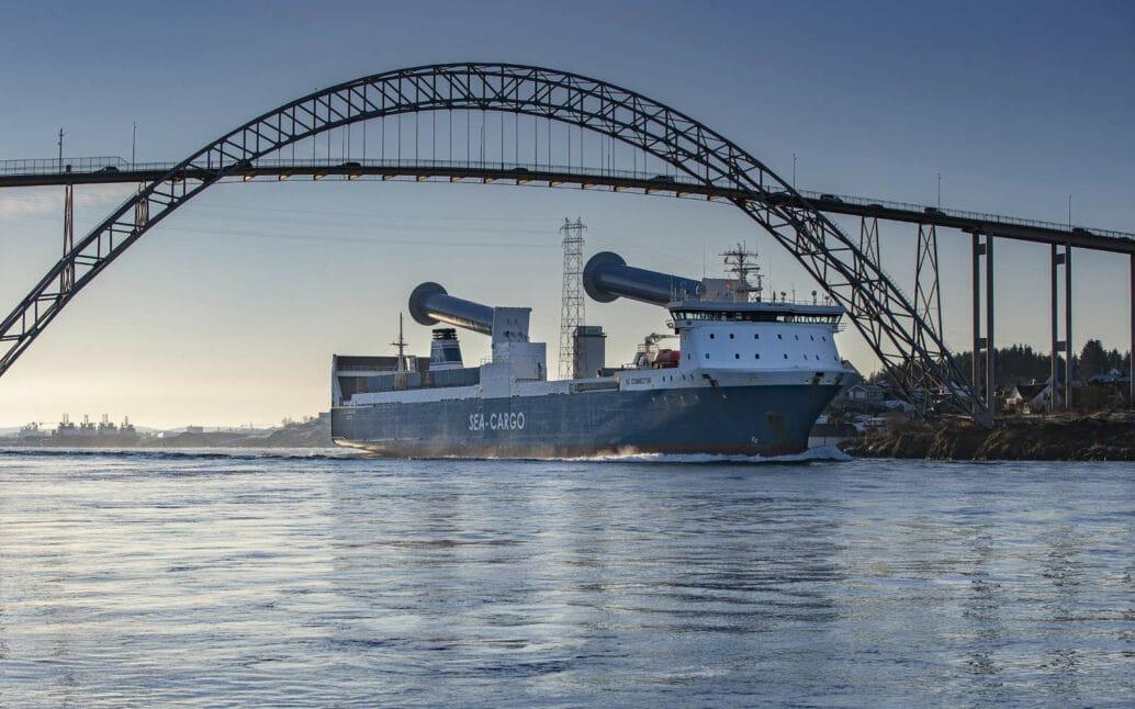 Seatrans Ship Karmsund